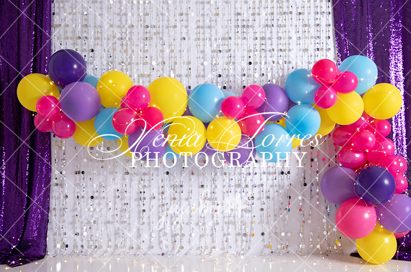 Jujuboo Festive Garland Photography Backdrop